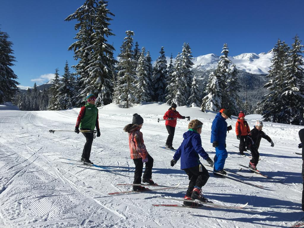 Youth group cross country skiing